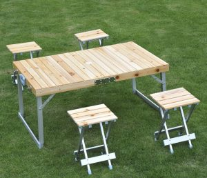 Read more about the article Où trouver une table de camping?